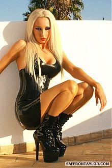 saffron taylor fetish latex fashion model